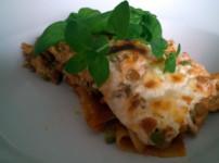 Vegetarische Lasagne mit Linsen und Erbsen