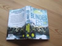 """""""Blindes Eis"""" schafft eine unglaublich düstere Atmosphäre !!"""