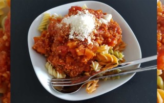 Bolognese mit Hirse