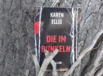 """""""Die im Dunkeln"""" hat spannende Lesestunden bereitet !!"""