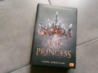 """Mit dem Titel """"Ash Princess"""" gelingt Laura Sebastian ein spannender und düsterer Auftakt !!"""
