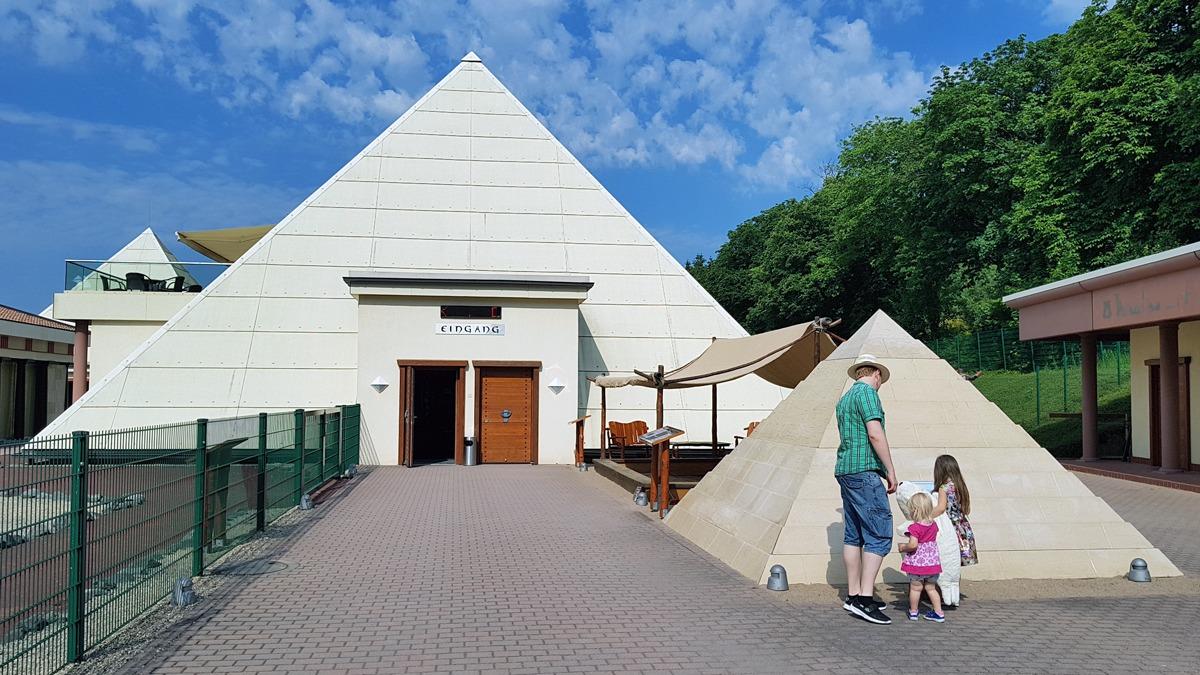 Die Sauerland Pyramiden Im Galileo Park