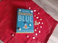 """Das Leben schreibt die besten Geschichten, so empfinde ich es auch im Werk """"Ramona Blue"""" !!"""